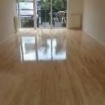 Hevea houten vloer lakken